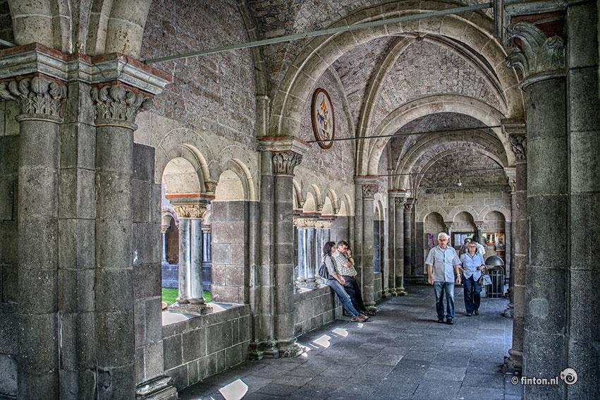 Het klooster Maria Laach in de buurt van Koblenz