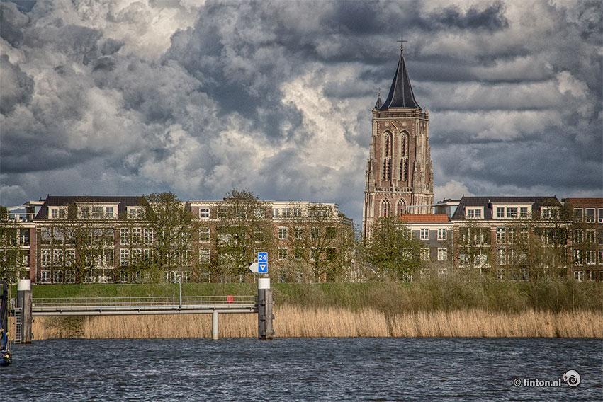De Toren In Gorinchem, Gaat Hij Vallen?